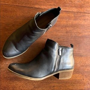 lucky Brand Basel boots in black size 9.5
